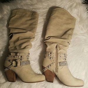 😍 beautiful boots 😍